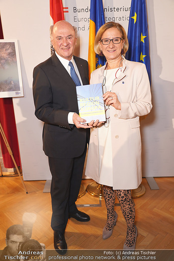 Buchpräsentation ´Kultur.Region.Europa´ - Bundesministerium für Europa, Integration und Äußeres, Wien - Mi 27.11.2019 - Erwin PRÖLL, Johanna MIKL-LEITNER100