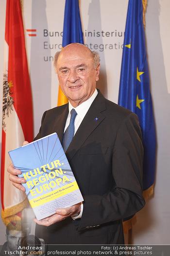 Buchpräsentation ´Kultur.Region.Europa´ - Bundesministerium für Europa, Integration und Äußeres, Wien - Mi 27.11.2019 - Erwin PRÖLL112