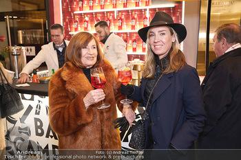 Wintergarten Opening - Bar Campari, Wien - Mi 27.11.2019 - Nadja BERNHARD mit Mutter Hermengild3
