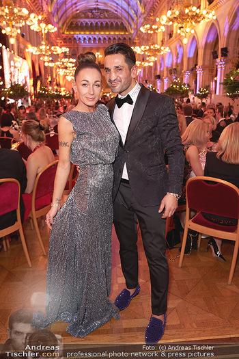 Woman of the year Gala - Rathaus Wien - Mi 27.11.2019 - Fadi und Ines MERZA33