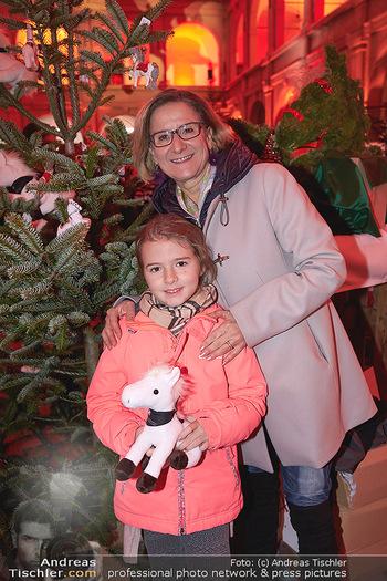 Advent in der Stallburg - Hofreitschule Stallburg, Wien - So 01.12.2019 - Johanna MIKL-LEITNER, Raphaela63