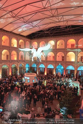 Advent in der Stallburg - Hofreitschule Stallburg, Wien - So 01.12.2019 - Stallburg Lichtinstallation Pferd Pegasus, Adventmarkt86