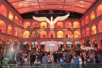 Advent in der Stallburg - Hofreitschule Stallburg, Wien - So 01.12.2019 - Stallburg Lichtinstallation Pferd Pegasus, Adventmarkt91