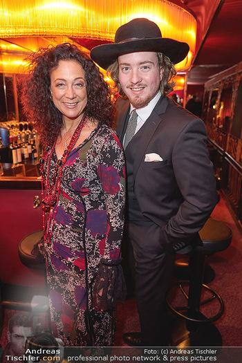 Vorpremiere Kristina Sprenger - Eden Bar, Wien - Di 03.12.2019 - Barbara WUSSOW mit Sohn Nikolaus12
