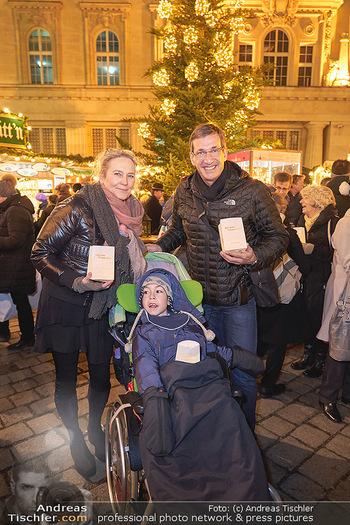 MOMO Lichtaktion - Adventmarkt Freyung Wien - Do 05.12.2019 - Martina KRONBERGER-VOLLNHOFER, Viktor GERNOT, Kind Raphael8