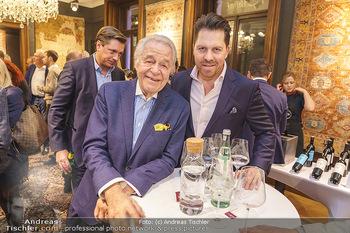 X-Mas for friends bei Ali Rahimi - Palais Szechenyi - Mi 11.12.2019 - Harald SERAFIN mit Sohn Daniel SERAFIN19