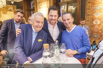 X-Mas for friends bei Ali Rahimi - Palais Szechenyi - Mi 11.12.2019 - Harald SERAFIN mit Sohn Daniel SERAFIN, Christian RAINER21