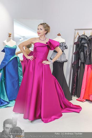 Ekaterina Mucha Opernballkleid Anprobe - Runway Fashion, Wien - Fr 13.12.2019 - Ekaterina MUCHA im Opernballkleid 202039