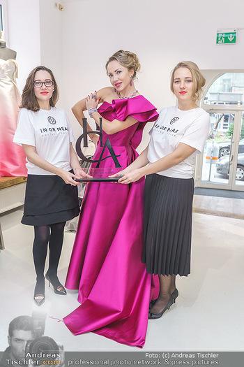 Ekaterina Mucha Opernballkleid Anprobe - Runway Fashion, Wien - Fr 13.12.2019 - Ekaterina MUCHA im Opernballkleid 2020 und den Designerinnen ´i50
