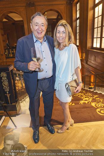 50 Jahre Fellner - Park Hyatt, Wien - Di 17.12.2019 - Richard LUGNER mit ´Goldfisch´ Andrea ´vom Badesee´11