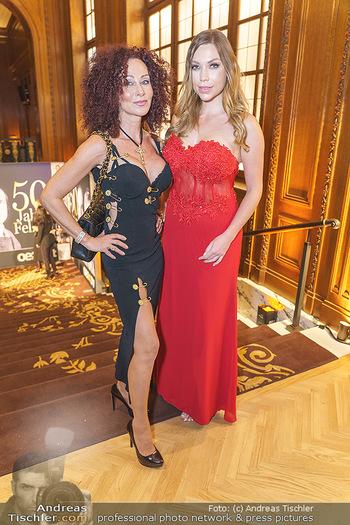 50 Jahre Fellner - Park Hyatt, Wien - Di 17.12.2019 - Christina LUGNER, Bianca SPECK17