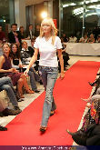 WOMAN Model Contest 2005 - NEWS Tower - Do 17.11.2005 - 75