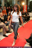 WOMAN Model Contest 2005 - NEWS Tower - Do 17.11.2005 - 76