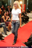 WOMAN Model Contest 2005 - NEWS Tower - Do 17.11.2005 - 80