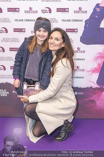 Kinopremiere ´Vier zauberhafte Schwestern´ - Village Cinema, Wine - Di 07.01.2020 - Tanja DUHOVICH mit Tochter Emma10