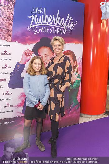 Kinopremiere ´Vier zauberhafte Schwestern´ - Village Cinema, Wine - Di 07.01.2020 - Martina HOHENLOHE mit Fanny15