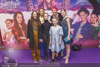 Kinopremiere ´Vier zauberhafte Schwestern´ - Village Cinema, Wine - Di 07.01.2020 - Laila Marie Noelle PADOTZKE, Hedda ERLEBACH, Lilith Julie JOHNA,39