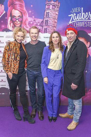 Kinopremiere ´Vier zauberhafte Schwestern´ - Village Cinema, Wine - Di 07.01.2020 - Katja RIEMANN, Sven UNTERWALDT, Doris SCHRETZMAYER, Gregor BLOEB50