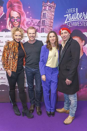 Kinopremiere ´Vier zauberhafte Schwestern´ - Village Cinema, Wine - Di 07.01.2020 - Katja RIEMANN, Sven UNTERWALDT, Doris SCHRETZMAYER, Gregor BLOEB51