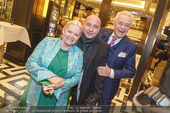 Jeannine Schiller Neujahrscocktail - Hilton Hotel Vienna, Wien - Di 07.01.2020 - Brigitte Gitti KREN, Harald SERAFIN, Christoph FÄLBL1
