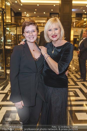 Jeannine Schiller Neujahrscocktail - Hilton Hotel Vienna, Wien - Di 07.01.2020 - Lizzy Elisabeth ENGSTLER mit Tochter Amelie11