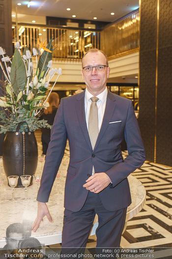 Jeannine Schiller Neujahrscocktail - Hilton Hotel Vienna, Wien - Di 07.01.2020 - Matthias WELZEL (Direktor Manager Hotel Hilton Plaza)38