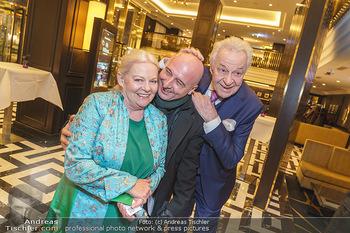Jeannine Schiller Neujahrscocktail - Hilton Hotel Vienna, Wien - Di 07.01.2020 - Brigitte Gitti KREN, Harald SERAFIN, Christoph FÄLBL40