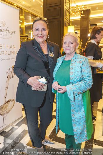 Jeannine Schiller Neujahrscocktail - Hilton Hotel Vienna, Wien - Di 07.01.2020 - Brigitte Gitti KREN, Doris KIEFHABER48