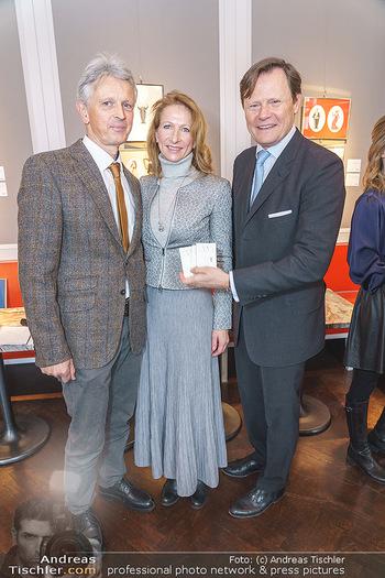 Opernball Benefiz PK - Palais Dorotheum, Wien - Do 09.01.2020 - Benedikt KOBEL mit Ehefrau Elisabeth, Martin BÖHM27