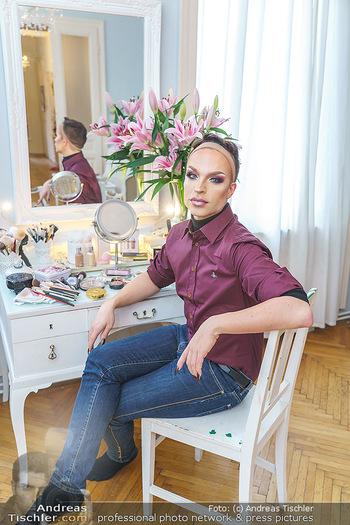 Tamara MascaraVerwandlung - Privatwohnung Wien - Mo 13.01.2020 - Tamara MASCARA (alias Raphael MASSARO)41