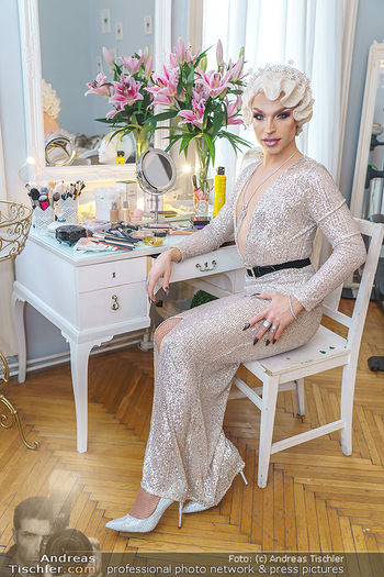 Tamara MascaraVerwandlung - Privatwohnung Wien - Mo 13.01.2020 - Tamara MASCARA (alias Raphael MASSARO)55