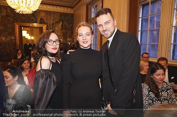 Opernball PK - Wiener Staatsoper - Di 14.01.2020 - Designerinnen ´in or near´ Liliya SEMENOVA, Diana STOYNOVA, Ni17