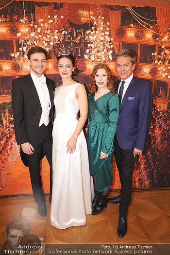 Opernball PK - Wiener Staatsoper - Di 14.01.2020 - Debüdantenpaar Marion und Adrian, Alfons HAIDER, Theresa VOGEL53