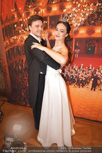 Opernball PK - Wiener Staatsoper - Di 14.01.2020 - Debüdantenpaar Marion und Adrian56