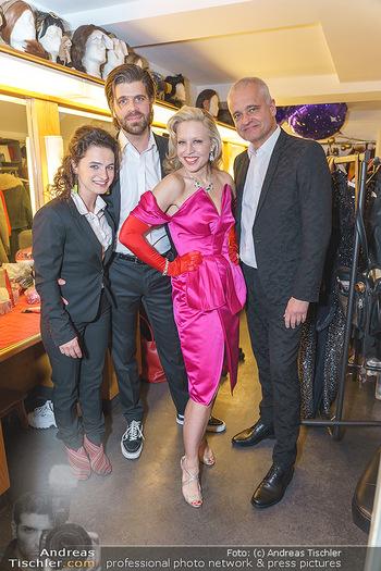 Nina Proll Premiere - Rabenhof Theater, Wien - Di 14.01.2020 - Nina PROLL mit ihren Musikern Christian FRANK, Dee LINDE, Herb B17