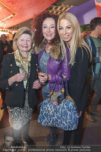 Kinopremiere ´Alles wird gut´ - Hollywood Megaplexx Gasometer, Wien - Mi 15.01.2020 - Christina LUGNER mit Mutter Martha HAIDINGER, Yvonne RUEFF24