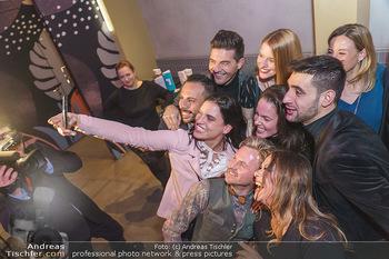 Dancing Stars 2020 - Klyo Urania, Wien - Do 16.01.2020 - Selfie Conny KREUTER, Roswitha WIELAND, Norbert OBERHAUSER etc6
