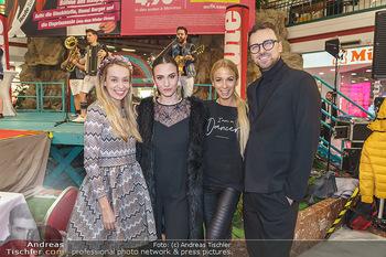 Heute Opernballprinzessin - Lugner City, Wien - Mo 20.01.2020 - Liliana KLEIN, Kimberly BUDINSKY, Yvonne RUEFF, Niko NIKO2