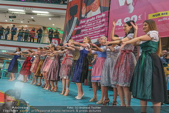 Heute Opernballprinzessin - Lugner City, Wien - Mo 20.01.2020 - Teilnehmerinnen im Dirndl30
