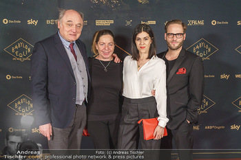 Premiere ´Babylon Berlin´ - Kattus Sektkellerei, Wien - Di 21.01.2020 - Karl FISCHER, Susi STACH, Daniela GOLPASHIN mit Ehemann Dominik62