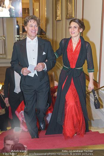 Philharmonikerball 2020 - Musikverein Wien - Do 23.01.2020 - Tobias MORETTI mit Ehefrau Julia64