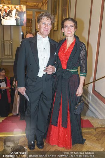 Philharmonikerball 2020 - Musikverein Wien - Do 23.01.2020 - Tobias MORETTI mit Ehefrau Julia66