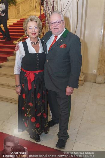 Jägerball - Hofburg Wien - Mo 27.01.2020 - Leo J. NAGY mit Ehefrau Elisabeth3