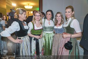 Jägerball - Hofburg Wien - Mo 27.01.2020 - Ministerinnen im Dirndl Elisabeth KÖSTINGER, Margarete SCHRAMB50