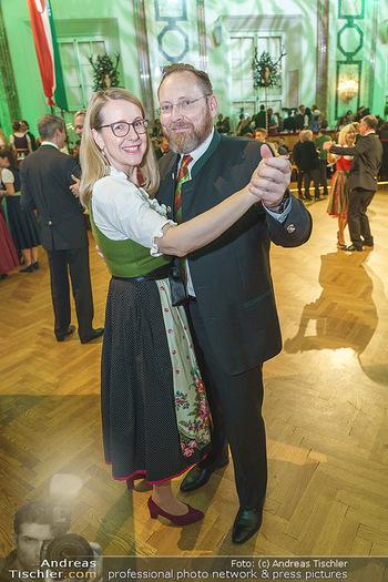 Jägerball - Hofburg Wien - Mo 27.01.2020 - Margarete SCHRAMBÖCK mit Ehemann135
