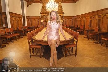 Ein Gemälde für Mikl-Leitner - Palais Niederösterreich, Wien - Mi 29.01.2020 - Ekaterina MUCHA1