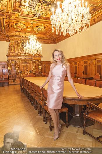 Ein Gemälde für Mikl-Leitner - Palais Niederösterreich, Wien - Mi 29.01.2020 - Ekaterina MUCHA4
