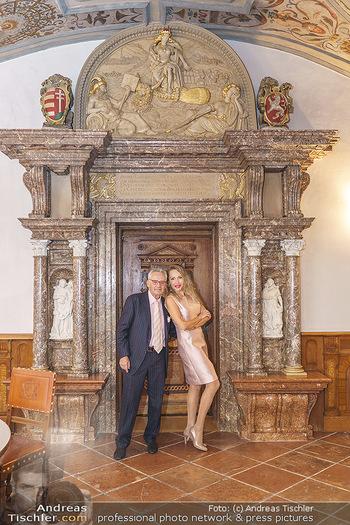 Ein Gemälde für Mikl-Leitner - Palais Niederösterreich, Wien - Mi 29.01.2020 - Christian und Ekaterina MUCHA19