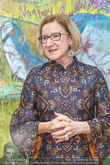 Ein Gemälde für Mikl-Leitner - Palais Niederösterreich, Wien - Mi 29.01.2020 - Johanna MIKL-LEITNER69