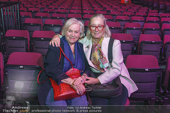 Holiday on Ice Premiere - Wiener Stadthalle - Mi 29.01.2020 - Fritzi TEUBER-ZERZAWY, Agnes HUSSLEIN2